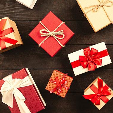 大切な人への贈り物を探してます!